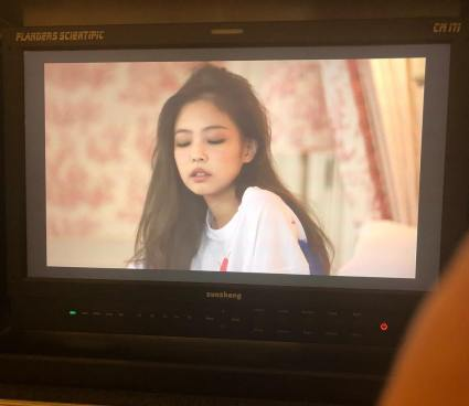 5-BLACKPINK Jennie Instagram Photo 13 November 2018