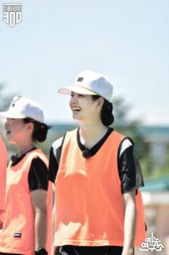 5-BLACKPINK Lisa Real Men 300 MBC Naver Post