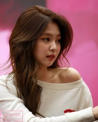 58-BLACKPINK-Jennie-SOLO-Fansign-Event-17-November-2018-Coex