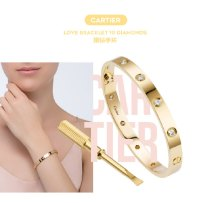 BLACKPINK-Lisa-Cartier-Diamond-Bracelet-Gift-LISA-Bar-China-Osaka-Concert