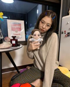 14-BLACKPINK Jennie Instagram Photo 27 December 2018