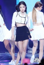 6-BLACKPINK Jennie SOLO Music Core 15 Dec 2018