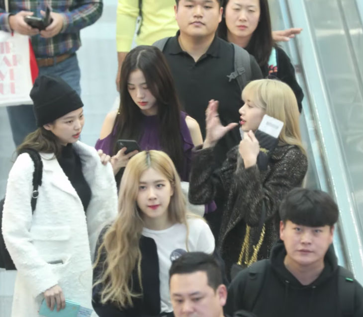 BLACKPINK Airport Photo at Incheon to Jakarta on January 18, 2019