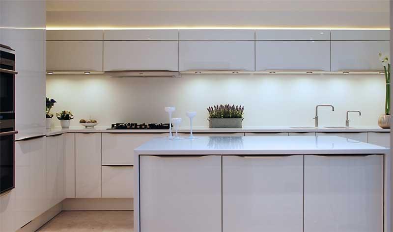 High Gloss White Kitchen With White Quartz Worktops Haywards Heath