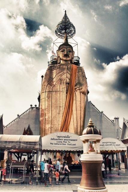 Bangkok, Buddha of Wat Indrawiharn