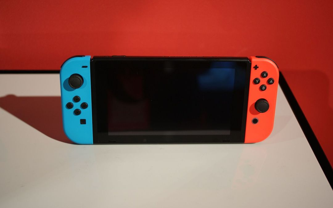 The Nintendo Switch Challenge: Between Portable and a Home Place