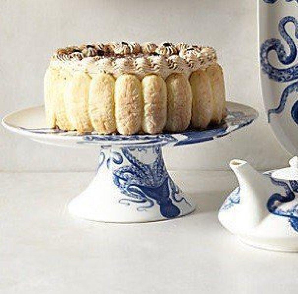 caskata_blue_lucy_octopus_porcelain_cake_pedestal