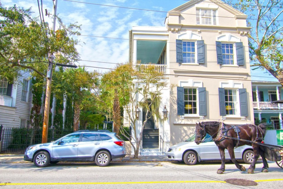 IS9xffvgo34opo1000000000-960x640 Wentworth Street Grand Living by Mitchell Hill