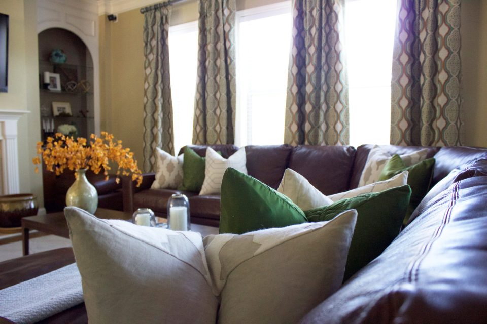 Project-Floyd-Hill-2-960x640 Kathleen Mapson Mixes Styles in Southern Interior Designs