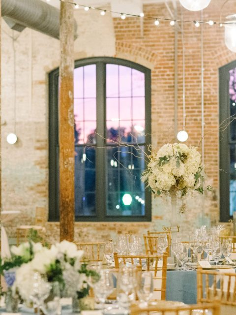 JillianDaniel-CigarFactoryWedding-308-480x640 5 Reasons We Love The Cedar Room