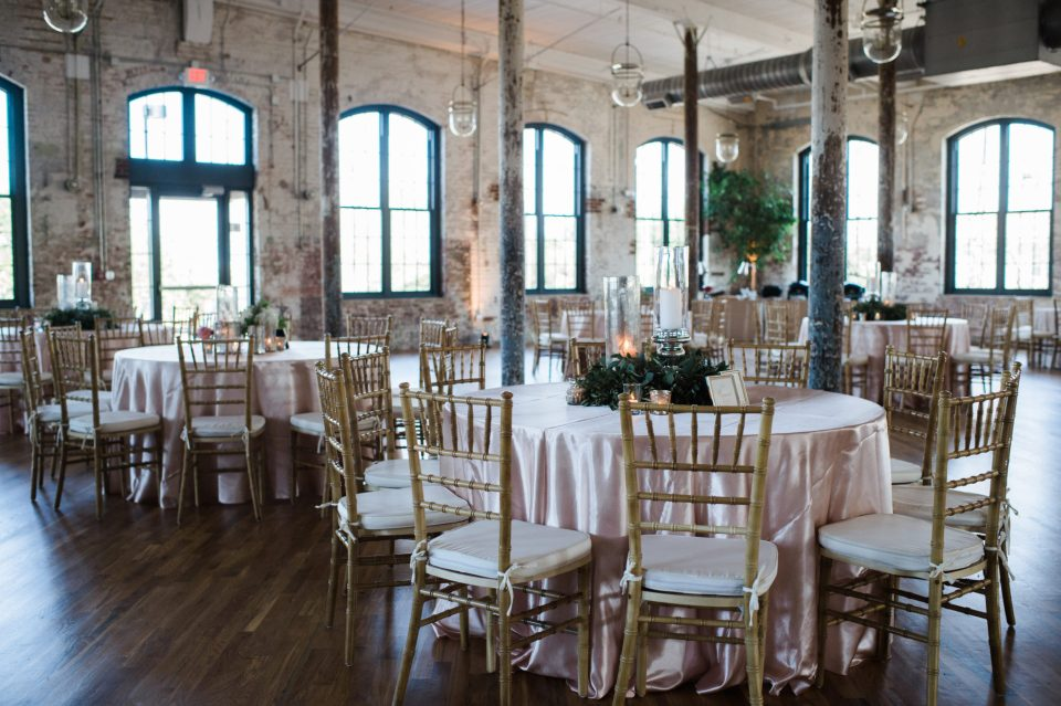 Lile-418-960x639 5 Reasons We Love The Cedar Room