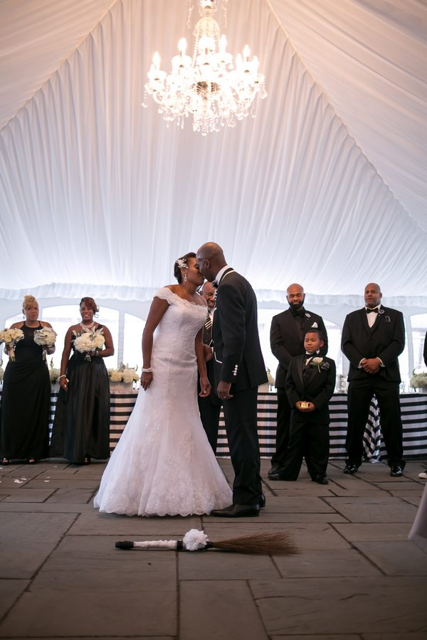 Royster_Roane_Divine_By_Design_Image_untitledshoot599_low Bold Black and White Richmond, Virginia Wedding