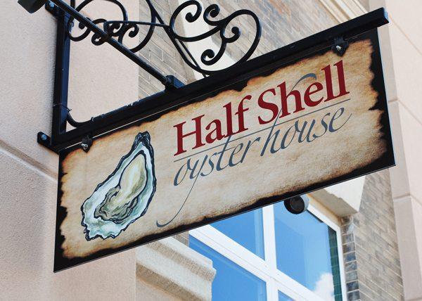 FoodandDrink.HalfShellOysterHouse.Gulfport