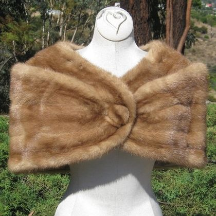 bsb14 5 Ways to Wear a Mink Stole - Fall Fashion Staple