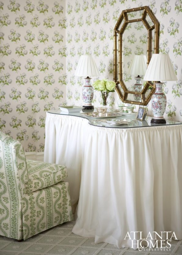 w150619_MargaretKirkland_ParkAve_EGD_027-595x833 5 Greenery Designs and Tips for a Black Southern Belle Home