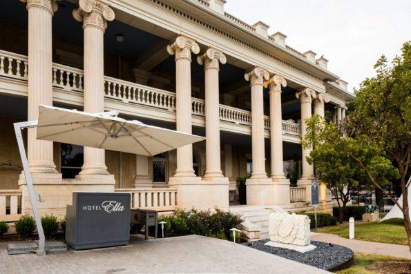 jake-holt-2013-hotel-ella-60-595x397 Hotel Ella: Austin, TX Refinement and History
