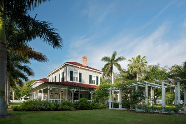 EFWE-Edison-Guest-House-595x397 4 Places To Get Married in Fort Myers & Sanibel, FL