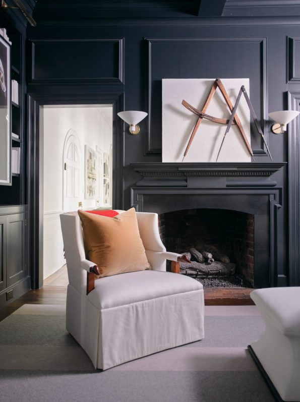 Library_ChadJames-595x797 10 Southern Decor Favorites from the Southeastern Designer Showhouse