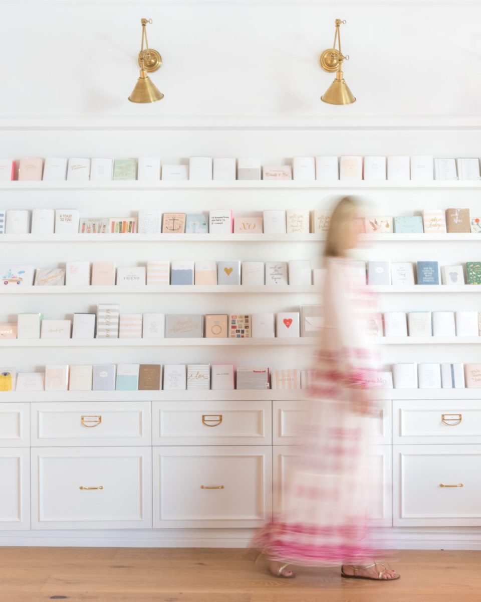 Sugar-Paper_Newport-Beach-store_18-960x1200 How to Decorate Your Home Like a Stationery Store