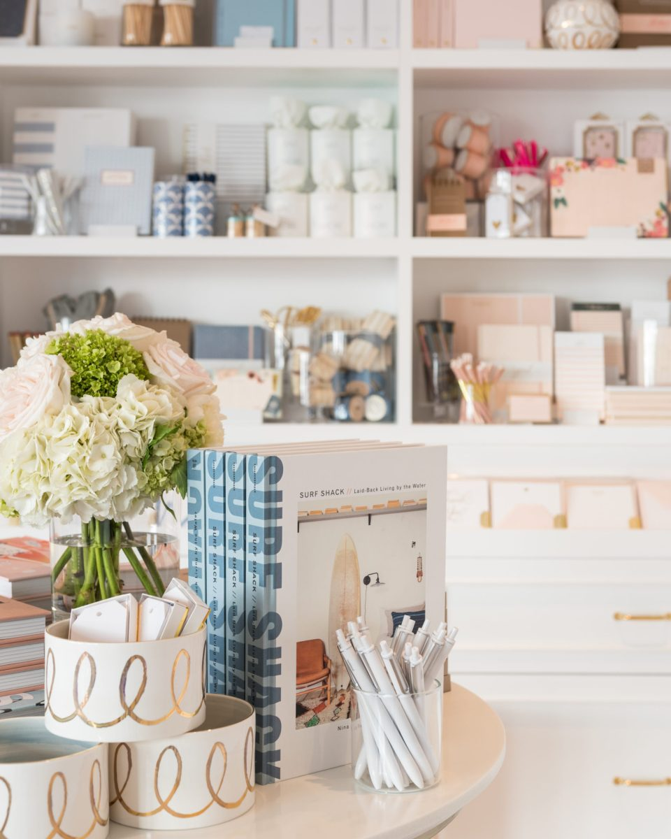 Sugar-Paper_Newport-Beach-store_4-960x1200 How to Decorate Your Home Like a Stationery Store
