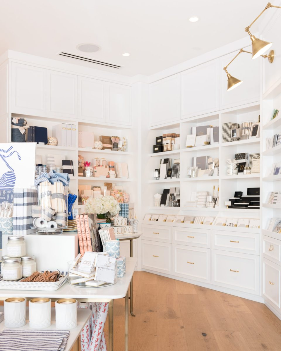 Sugar-Paper_Newport-Beach-store_6-960x1200 How to Decorate Your Home Like a Stationery Store