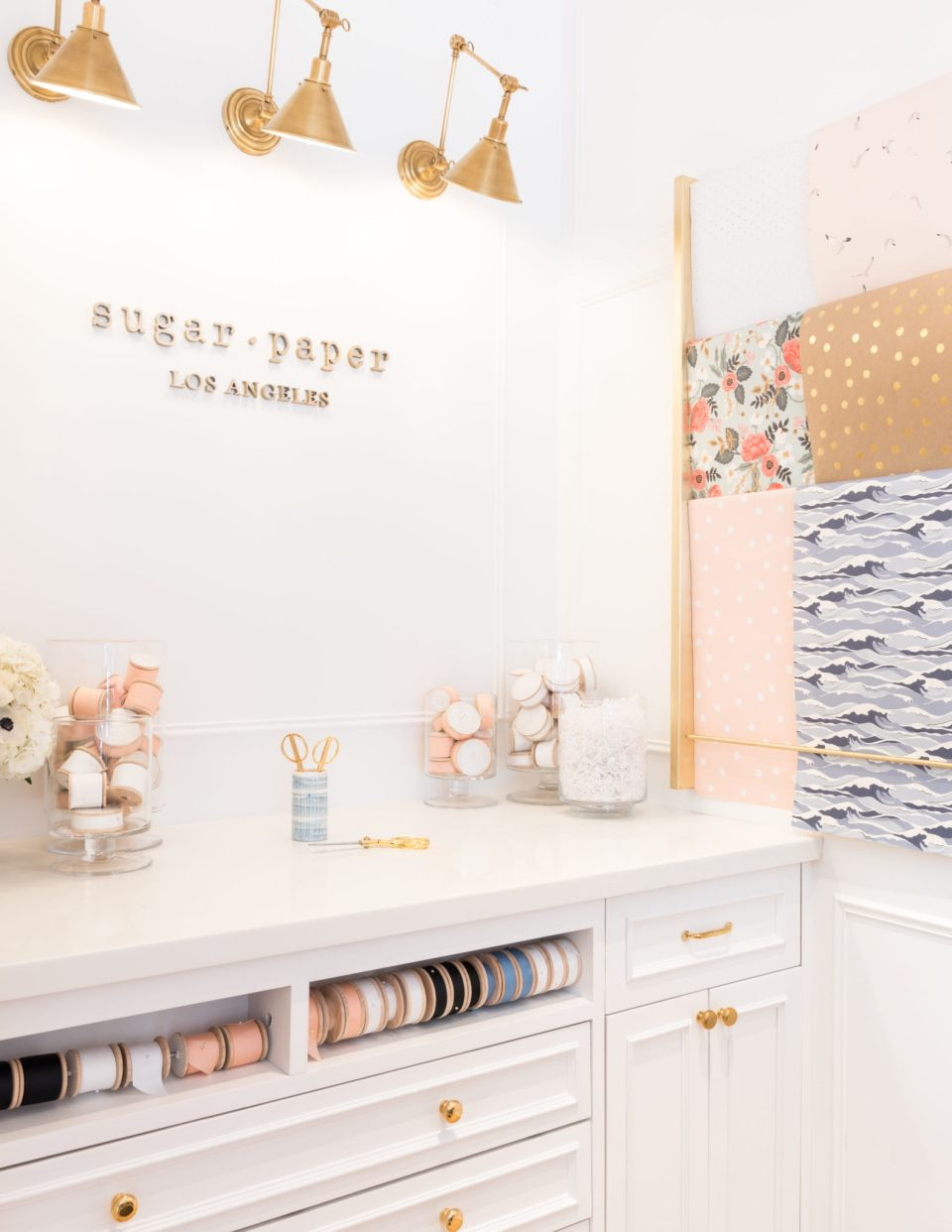 Sugar-Paper_Newport-Beach-store_8-960x1242 How to Decorate Your Home Like a Stationery Store