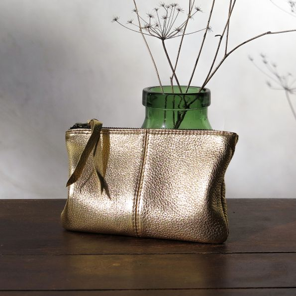 makeup-bag-gold-hi-res-595x595 Glam Inspired Holiday Gifts for a Stylish Black Southern Belle