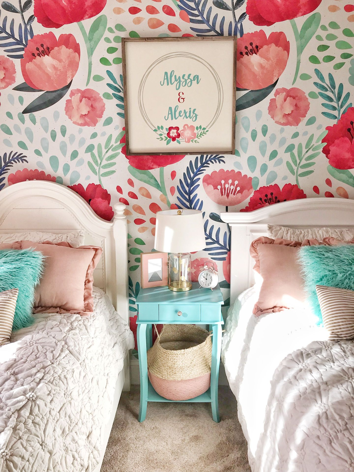 IMG_4063-1440x1920 3 Tips on How to Decorate a Southern Girl's Room