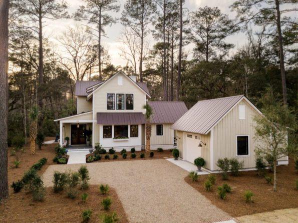 HGTV-Smart-Home-2018-Front-Yard-595x446 HGTV Smart Home Tour - Palmetto Bluff