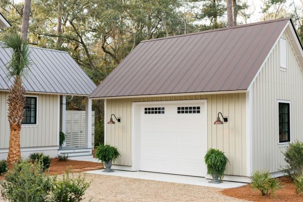 HGTV-Smart-Home-2018-Garage-Exterior-Angle-595x397 HGTV Smart Home Tour - Palmetto Bluff