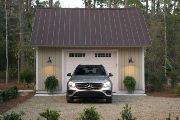 HGTV-Smart-Home-2018-Garage-Exterior-Mercedes-595x399 HGTV Smart Home Tour - Palmetto Bluff