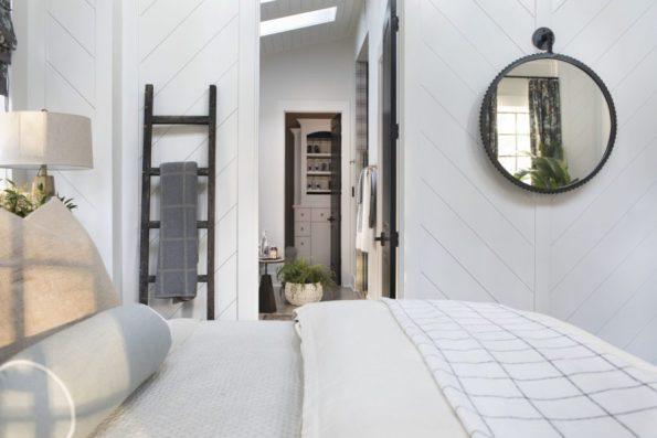 HGTV-Smart-Home-2018-Master-Bedroom-Into-Bathroom-595x397 HGTV Smart Home Tour - Palmetto Bluff