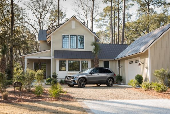 HGTV-Smart-Home-2018-Mercedes-Front-Yard-595x398 HGTV Smart Home Tour - Palmetto Bluff