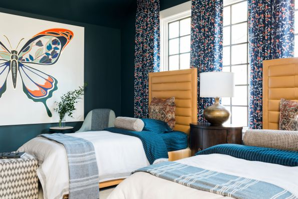 HGTV-Smart-Home-2018-Teen-Bedroom-with-Art-595x397 HGTV Smart Home Tour - Palmetto Bluff