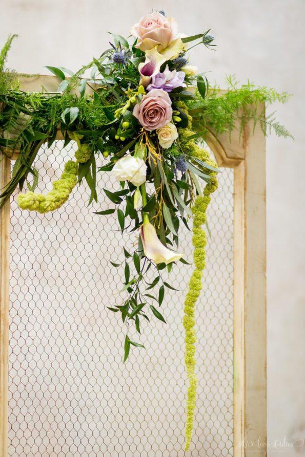 MyaKeithSneakPeeks-0022-595x893 Classic New Orleans Nuptials - NOLA Wedding Inspiration