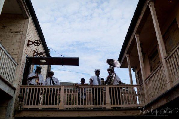 MyaKeithSneakPeeks-0048-1-595x396 Classic New Orleans Nuptials - NOLA Wedding Inspiration