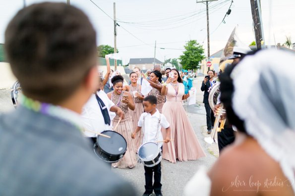 MyaKeithSneakPeeks-0087-1-595x396 Classic New Orleans Nuptials - NOLA Wedding Inspiration