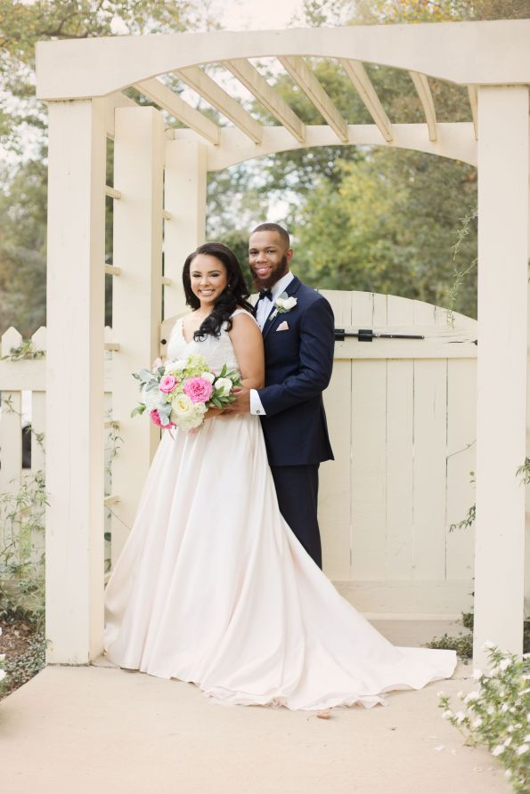 AbreaCrackel_12-595x892 Pink and Blush Southern Wedding Inspiration