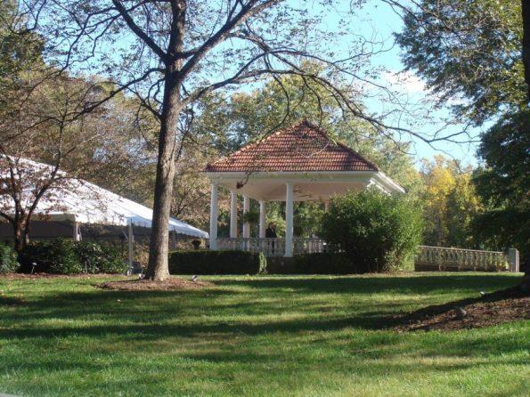 Belmont-Gazebo-595x446 Southern Wedding Inspiration in Reidsville, NC