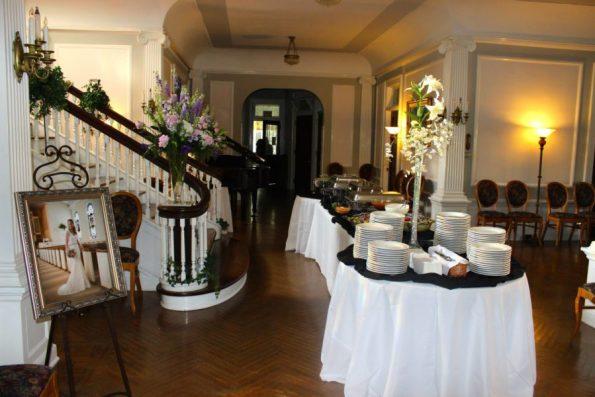 Belmont-interior-Wedding-595x397 Southern Wedding Inspiration in Reidsville, NC