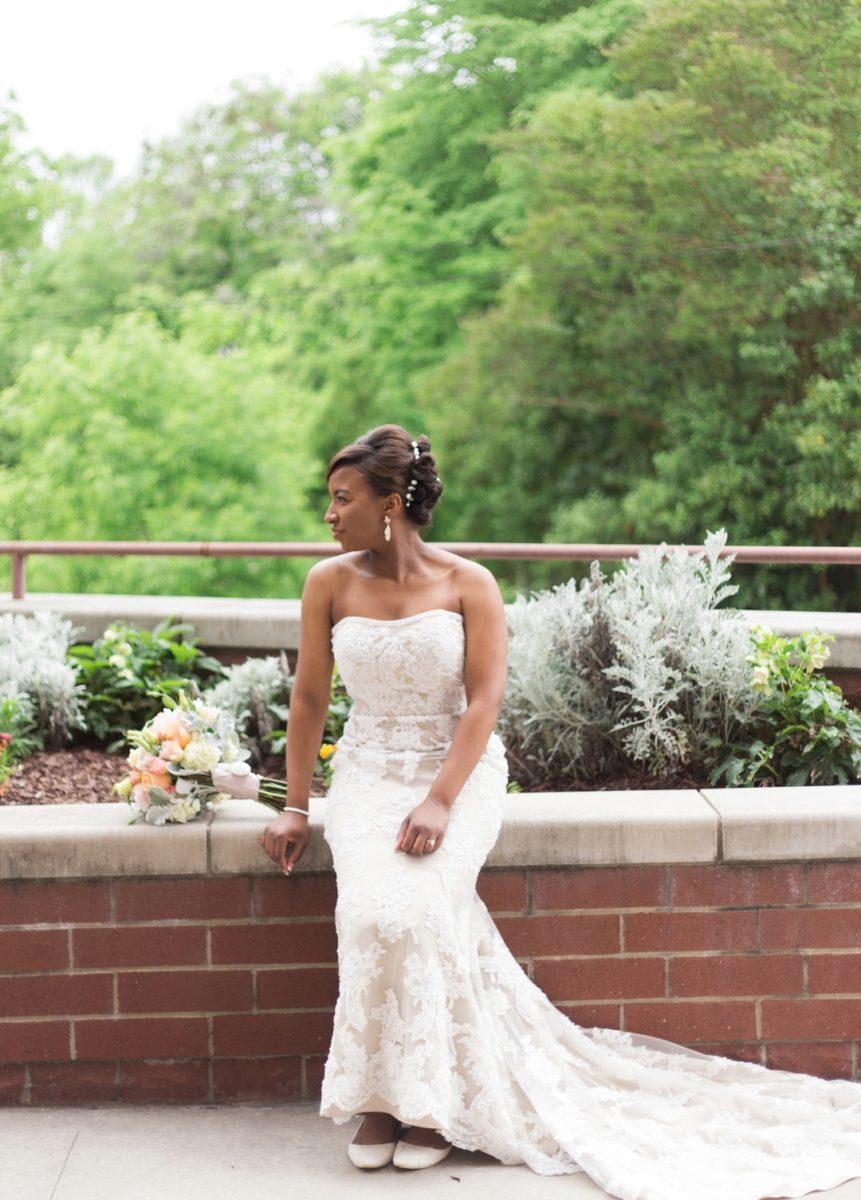 2cpnzv2cw7xh4e2sbn02_big Modern, Southern Wedding Style in Durham, NC