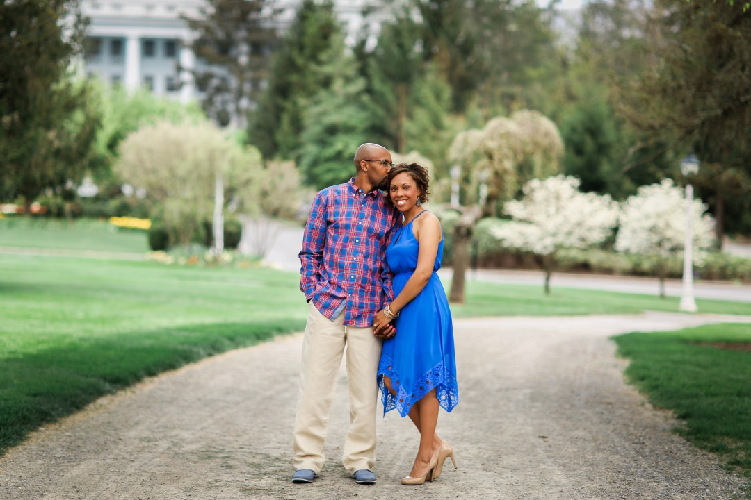 396vhrkm36nak62r2m24_big West Virginia Engagement Session at the Greenbriar Resort