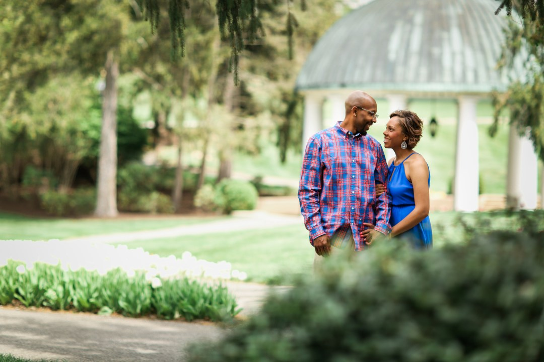 4hyst4up86ffvo5uv003_big West Virginia Engagement Session at the Greenbriar Resort