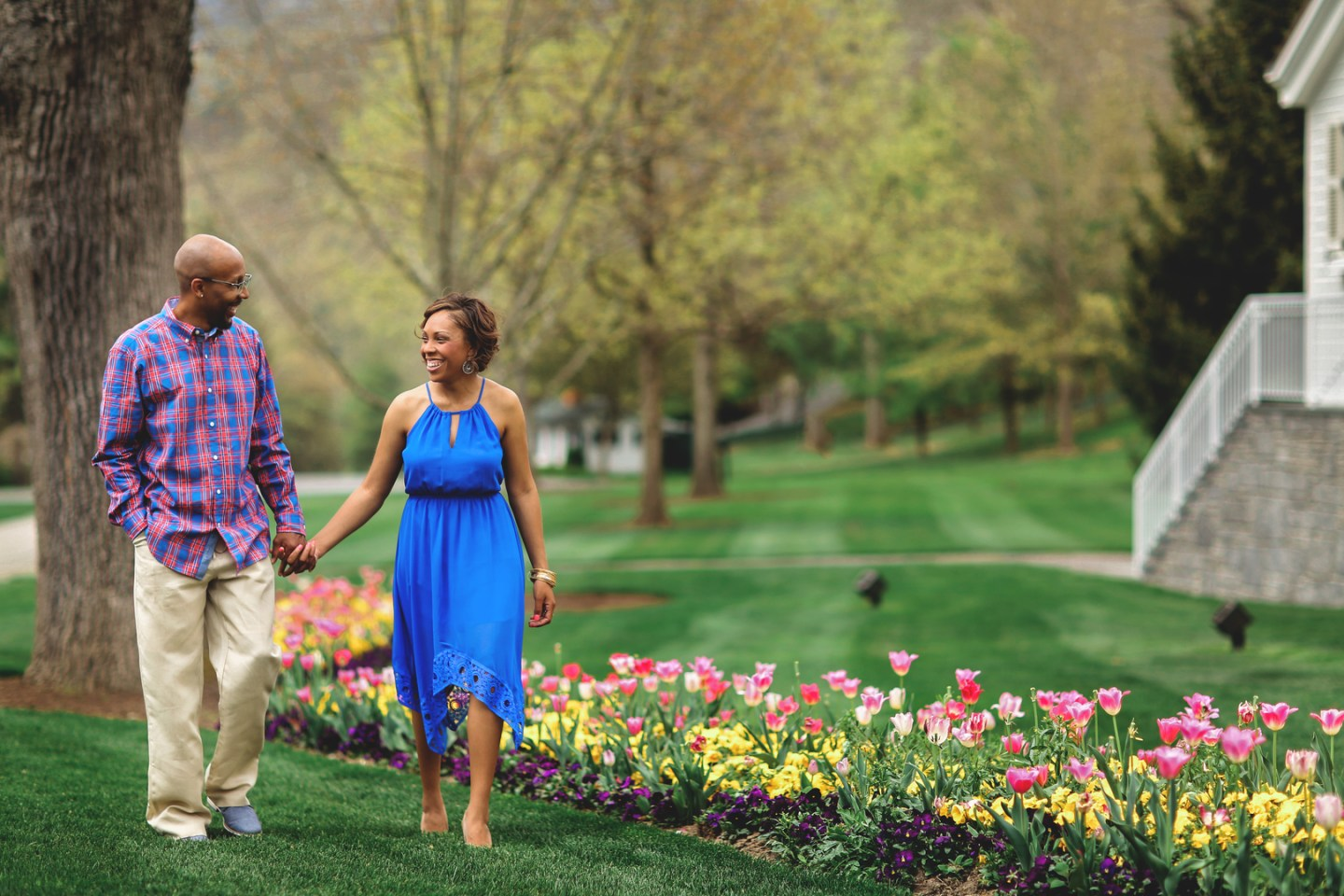 5gasi3ypqjwsdp0bs218_big West Virginia Engagement Session at the Greenbriar Resort