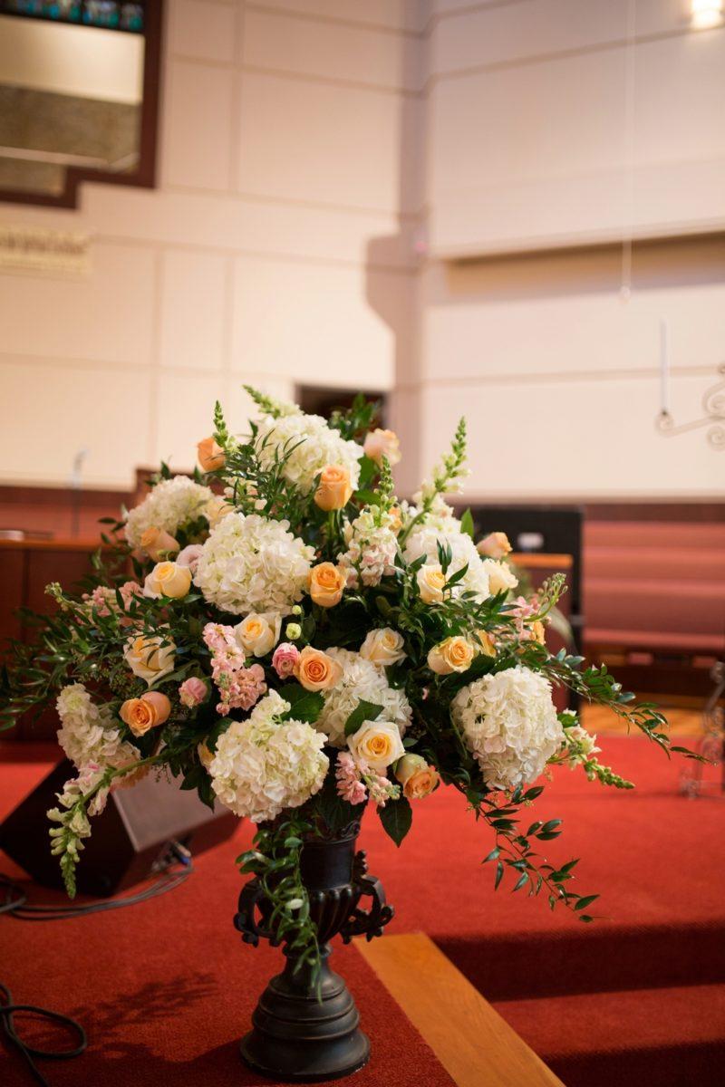 8wi186v41c0emb9xb451_big Modern, Southern Wedding Style in Durham, NC