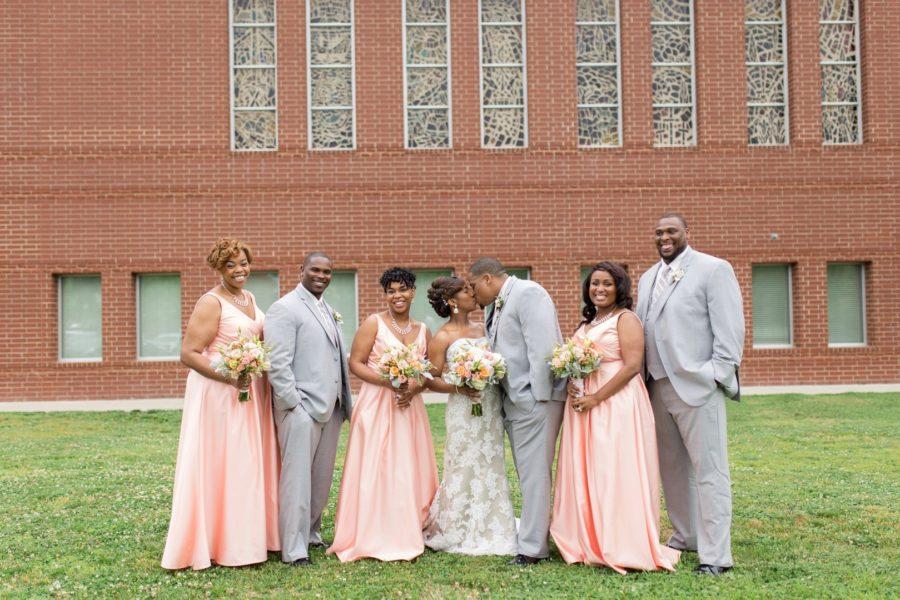 d56sqggtzzwzej48gq56_big Modern, Southern Wedding Style in Durham, NC