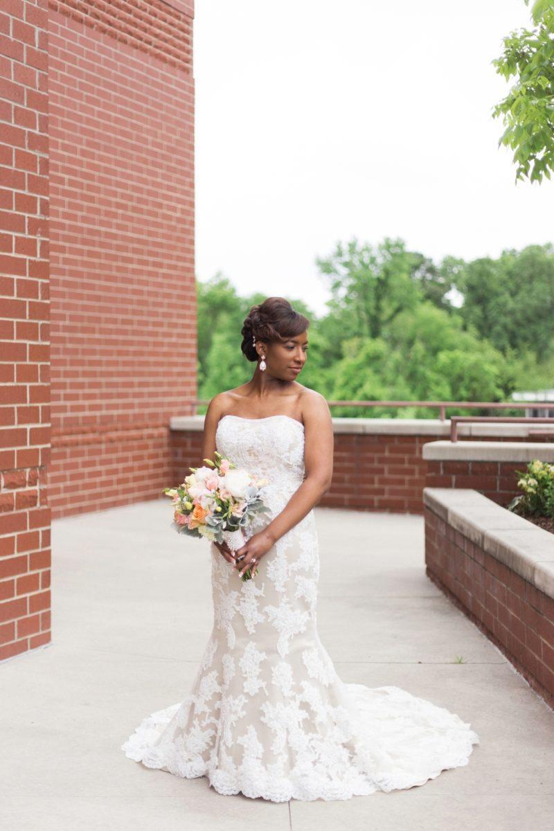 d7ydcuxu7m1pp2ot8i18_big Modern, Southern Wedding Style in Durham, NC