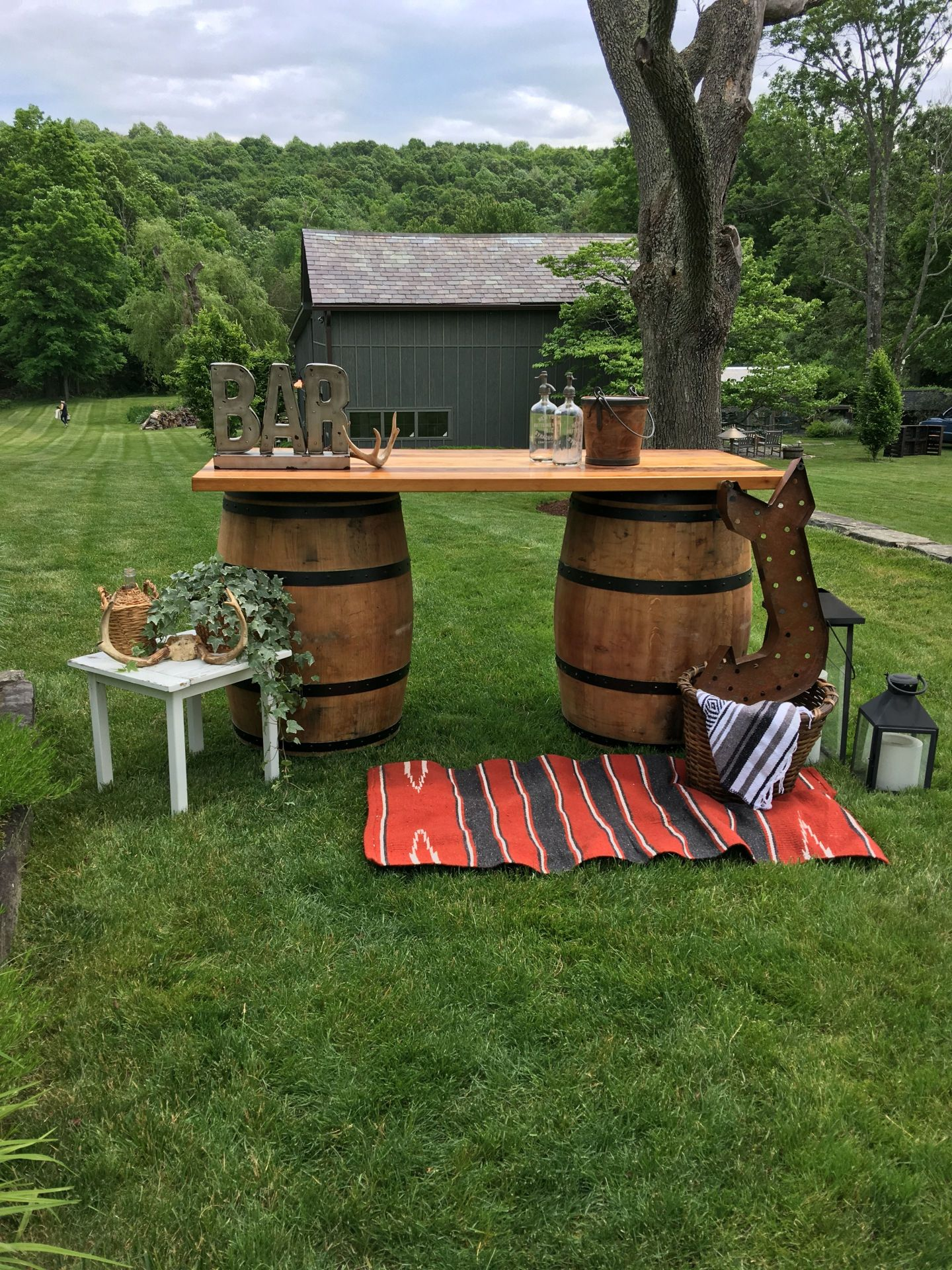 IMG_7317 Tips For an Unforgettable Wedding Bar from Hudson Trailer Company