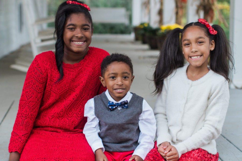 jjunpvme3ae7zkk9uf38_big Farmhouse Christmas Family Fun in Atlanta, GA