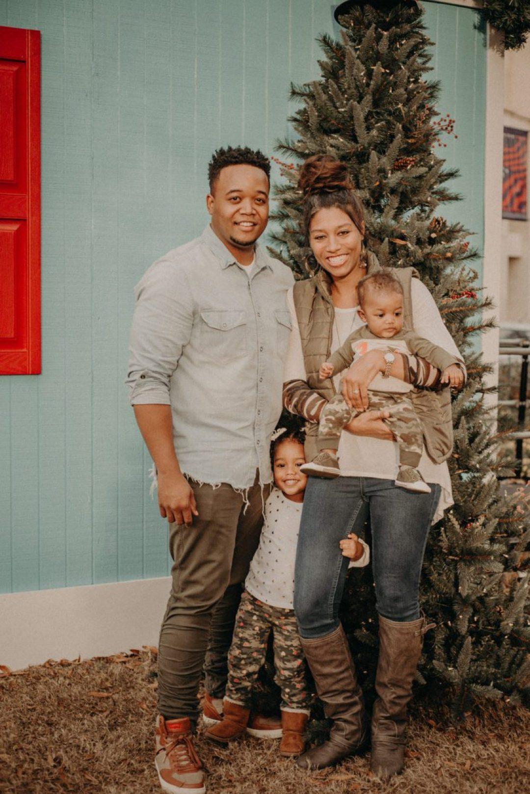 m4gzmfegihcpqatu2s36_big Marietta, GA Holiday Fun with the Ford Family